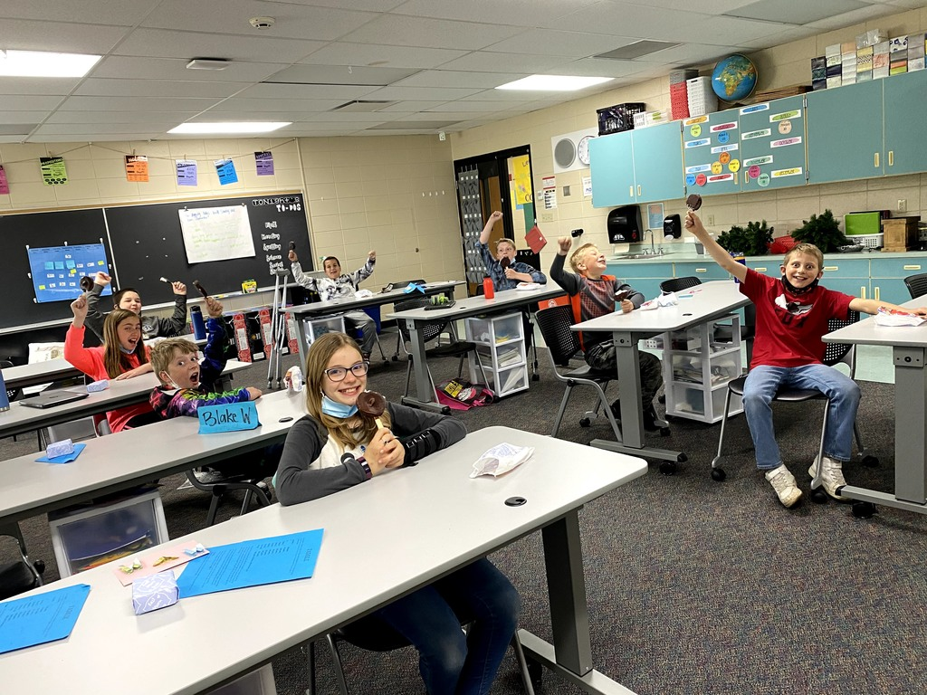 5th grade could hardly hold in their excitement for a Dilly Bar treat!